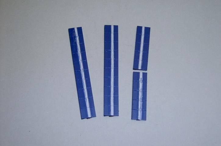 Satz Kippmagnete für Zusatzpläne, dunkelblau mit Streifen
